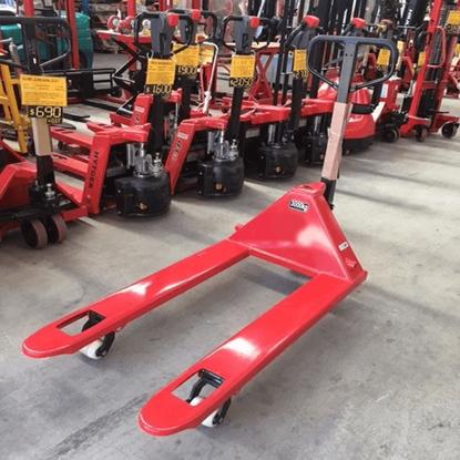 Picture of Pallet Jack 3 tonne  685mm Width Nylon Wheels